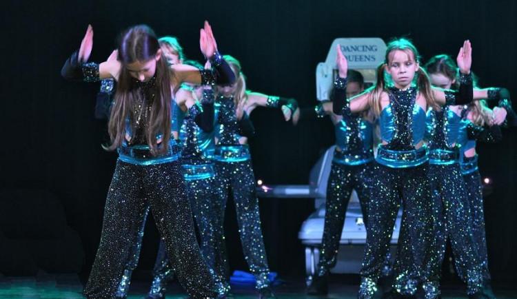 Danceshow Dancing Queens