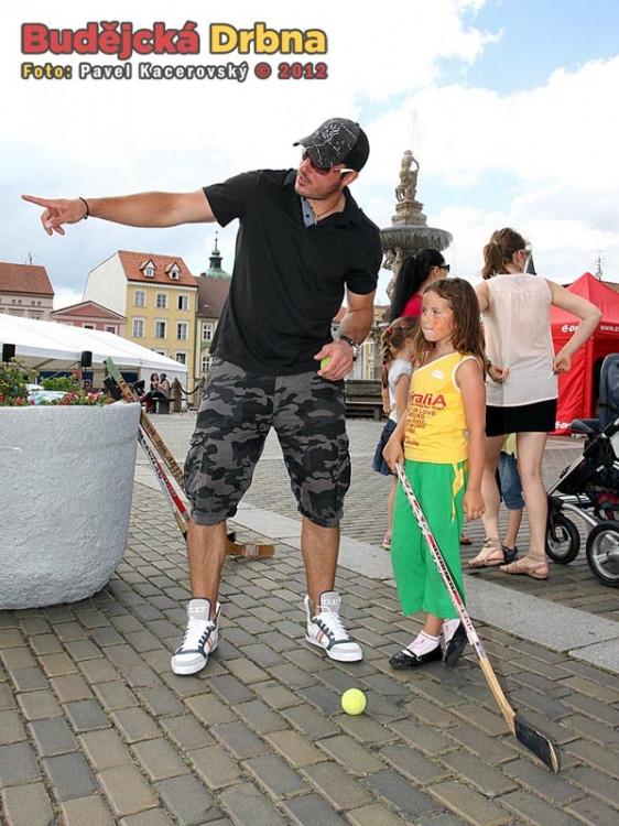 Maturantka Dětem 2012Maturantka Dětem 2012