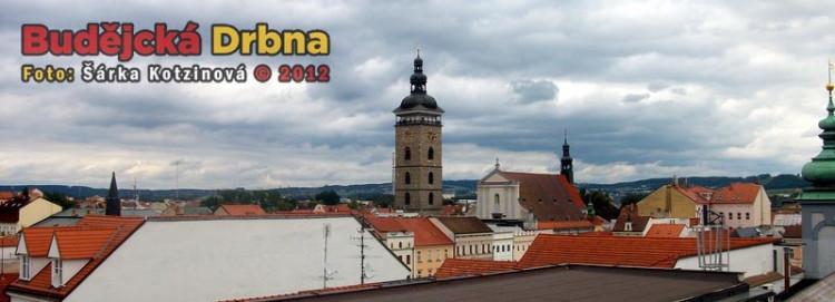 Výhled na město z budovy radnice