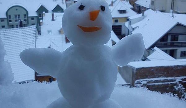 První sněhová nadílka podzimu 2012