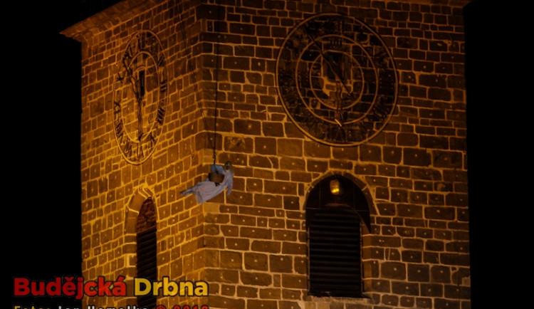 Přílet anděla na budějckém náměstí