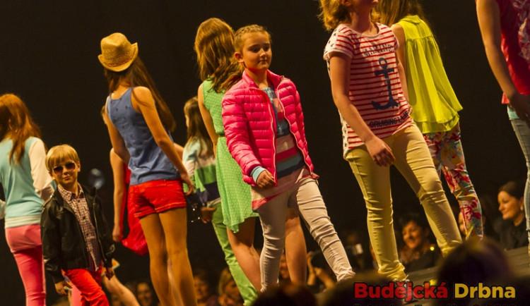 Benefiční módní show pro Nadaci T. Maxové dětem