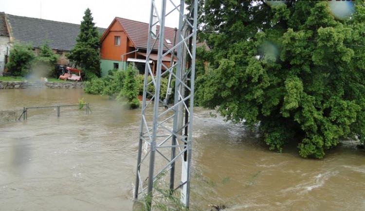 Druhý den povodní na Budějcku