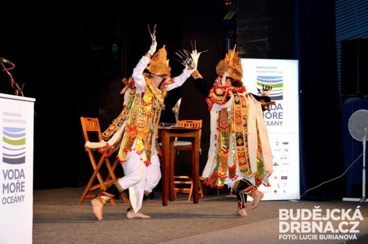 Balijský vazbový tanec
