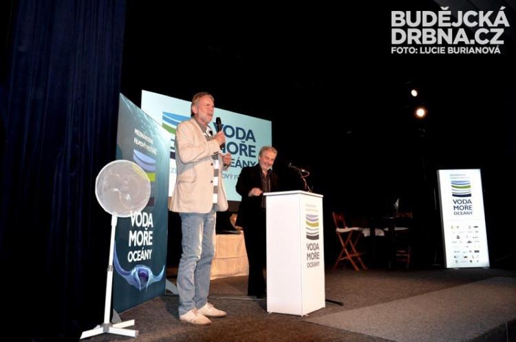 Hosty přivítal senátor a starosta Tomáš Jirsa