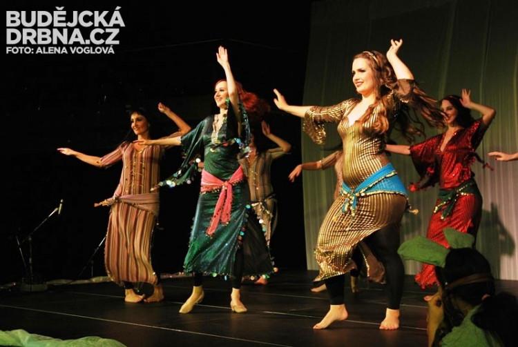 Taneční skupina Aiwa! tribe