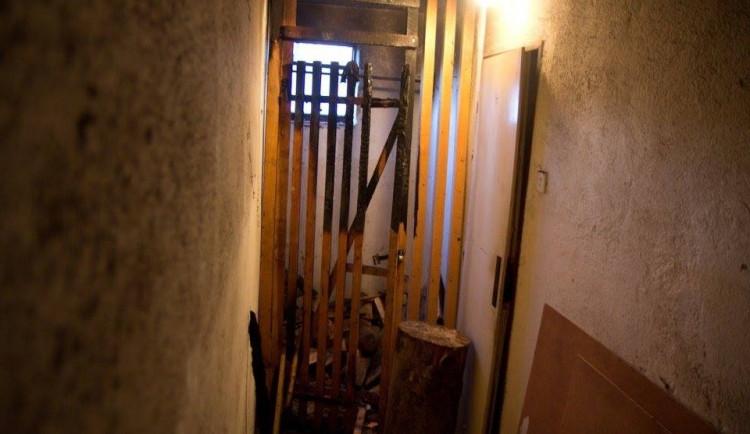 Nedělní požáry v bytovém domě v Lipí