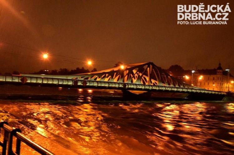 Dlouhý most při červnových povodních