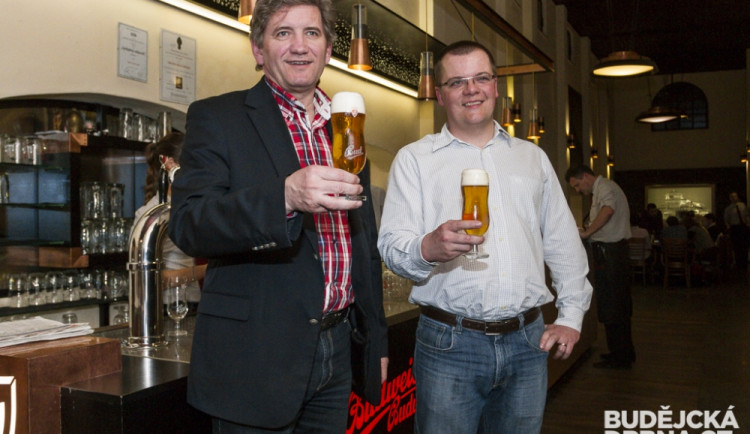 Ochutnávka nového piva BUD Premier Select nefiltrovaný Limited Edition