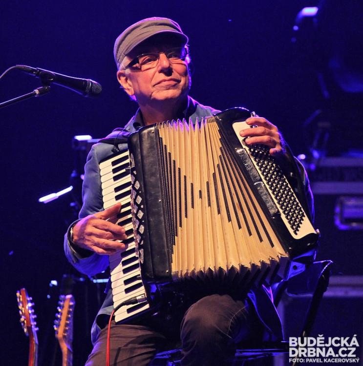 Akustický koncert kapely Čechomor na Frymburkfestu - Lipno 2014
