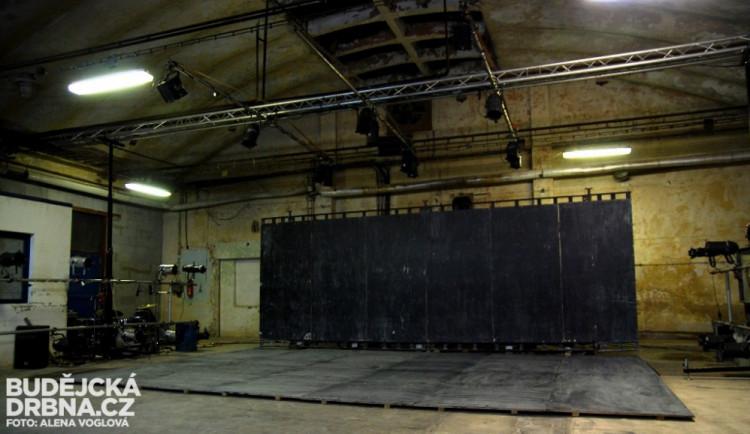 Divadlo Continuo v rámci Budějovického Majálesu 2015