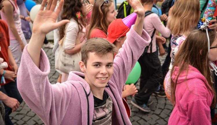 Průvod Budějovického Majálesu 2015. Foto: Dominik Svoboda