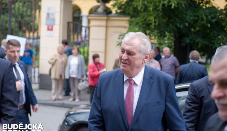 Prezident Miloš Zeman na návštěvě Jihočeského kraje 2016 - 1. den