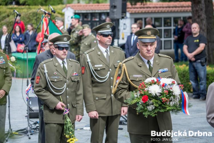 Lidé v Českých Budějovicích uctili památku konce 2. světové války