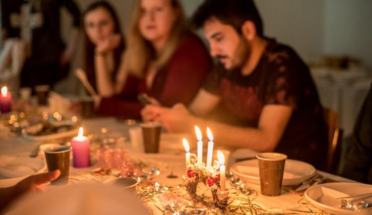 Zahraniční studenti VŠTE a české Vánoce