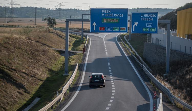 Hlavní tah mezi Ševětínem a Borkem je na dva týdny zavřený