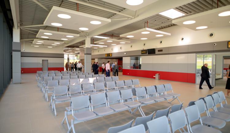 Slavnostní otevření terminálu na Letišti České Budějovice