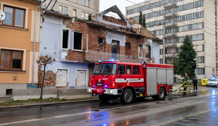 Požár bývalého Cabaretu způsobil škodu za milion