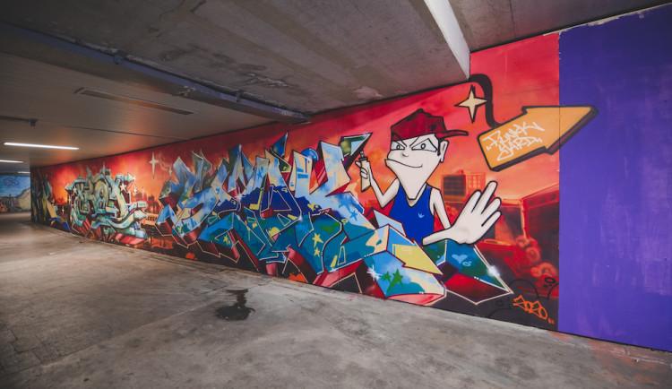 Graffiti v podchodu
