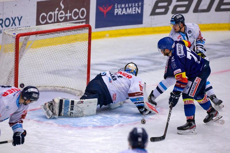FOTOGALERIE: Výsledková krize pokračuje. Motor doma nestačil ani na Liberec, Bílí Tygři vyhráli 5:2
